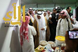 محافظ العرضيات يدشن فعاليات مهرجان العسل الخامس بالعرضيات