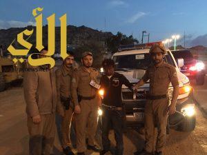 أمن طرق محافظة ظهران يتمكن من القبض على أخطر مروجي المخدرات من الجنسية الأفريقة