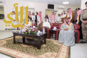 أمير الباحة يدشن مبنى محافظة الحجرة
