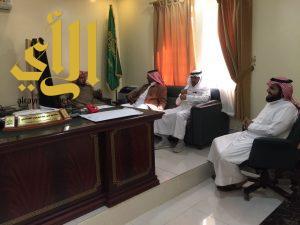 مدير عام فرع وزارة العدل بالباحة يقوم بزيارة للمحكمة العامة في الباحة