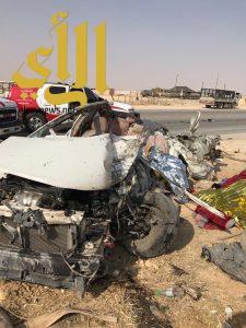مصرع ستة أشخاص وإصابة آخر بحادث سير لعائلة على طريق الجنادرية