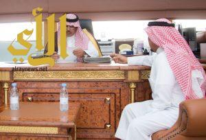 أمير الباحة يستقبل عدداً من المواطنين بمحافظة المخواه خلال جولته التفقدية للقطاع التهامي