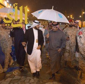 قائد القوات الأميرية بقطر يشيد بقرية الباحة التراثية بالجنادرية