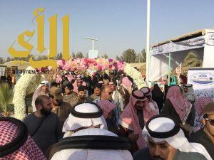 الهلال الاحمر بالقصيم يشارك بمعرض توعوي وفرقة اسعافية في مهرجان الفراولة