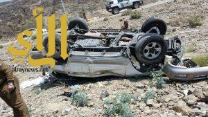 إصابة خمسة أشخاص من الجنسية الأفغانية بحادث إنقلاب مركبتهم بطريق نخال