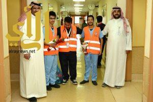 متطوعو الباحة يقومون بزيارة لمصابي الحوادث بمستشفى الملك فهد بالباحة