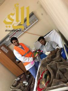 فريق التطوع بالهلال الأحمر بعسير يزور مصابي الحوادث المرورية بمستشفى عسير والخميس المدني