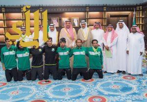 أمير الباحة يستقبل رئيس وأعضاء نادي الحجاز الرياضي