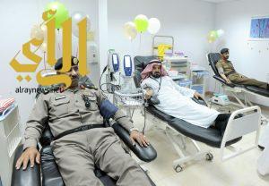 """مستشفى عسير وادارات الامن العام بالمنطقة ينظمون حملة"""" دماؤنا فداء لجنودنا"""""""