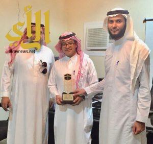جمعية رفق بمحايل في زيارة لمقر جمعية البر الخيرية في حي الشرائع بمكة