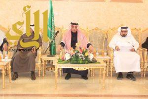 محافظ بيشة يرأس اجتماع لجنة التنمية الاقتصادية والسياحية