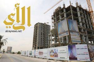 بلدية الخبر تطلق مبادرة لتحسين وتجميل سواتر المباني