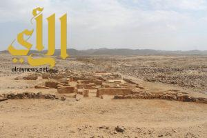 اكتشاف مسجد وعدد من مظاهر التعدين بموقع العبلاء الأثري ببيشة