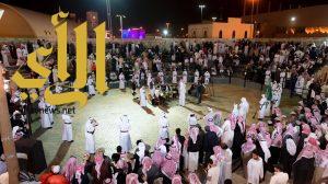 """الزوار يتوافدون على """"قرية الباحة التراثية"""" بالجنادرية"""
