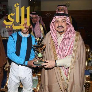 خيالة الخفجي يخطفون كأس خادم الحرمين الشريفين من ميدان الملك عبدالعزيز للفروسية