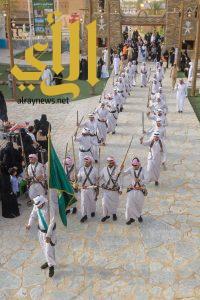 فنون العرضة الشعبية بقرية الباحة التراثية تجذب زوار الجنادرية 32