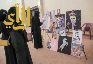 20 رسامة ينثرن الإبداع أمام أنظار زوار مهرجان الكليجا ببريدة