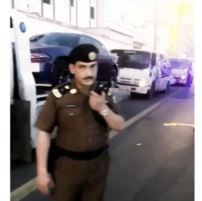 شاهد…  مرور خميس مشيط يضبط عدد من المفحطين والمتجمهربن بحي النسيم اول أمس