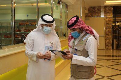 """""""صحة الرياض"""" تواصل جولاتها الرقابية لرصد مخالفات الإجراءات الاحترازية في القطاع الصحي الخاص"""