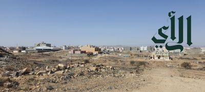 سكان حي التسامح بخميس مشيط يعانون نقص الخدمات  وروائح المحرقة والنفايات