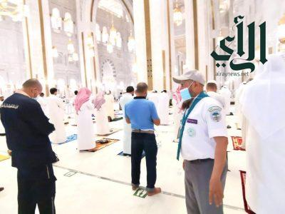 قادة كشافة #تعليم_مكة _المكرمة يحققون 2700 ساعة عمل في خدمة المعتمرين والمصلين