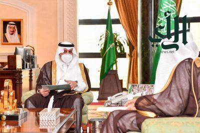 أمير تبوك يطلع على تقرير عن انجازات واعمال فرع وزارة التجارة بالمنطقة