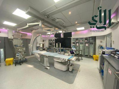 نجاح عملية دقيقة في مركز القلب بـ #القصيم لتوسيع الصمام الرئوي لإمرأة حامل في شهرها الخامس