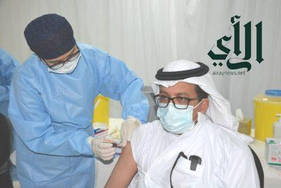 """"""" #تعليم_الرياض """" ينظم حملة لتطعيم منسوبيه ومنسوباته بلقاح #فايروس_كورونا"""