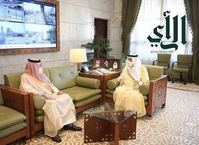 أمير منطقة الرياض يستقبل سفير مملكة البحرين لدى المملكة