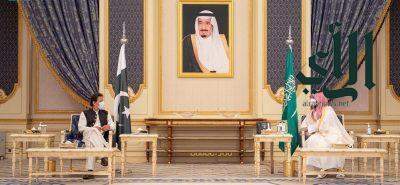 ولي العهد ورئيس وزراء باكستان يعقدان جلسة مباحثات لتعزيز العلاقات الثنائية