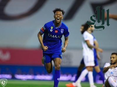 الهلال يفوز على #الشباب بخماسية – ويقترب من حسم الدوري