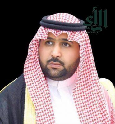 نائب #أمير_جازان يعزي مدير #الدفاع_المدني بالمنطقة في وفاة والده