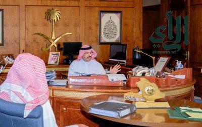أمير عسير يستقبل المواطن سلطان الشهري ويثمن موقفه الكريم في العفو عن قاتل ابنه دون مقابل