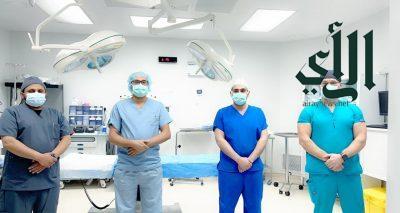 """إجراء عمليتين نوعيتين لاستبدال مفصل الركبة باستخدام """" الروبوت """" في مستشفى #خميس_مشيط العام"""