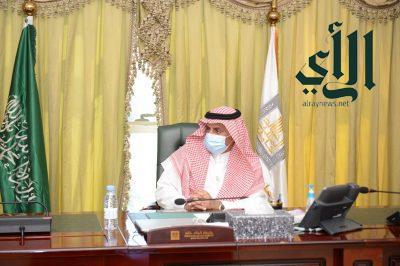 رئيس جامعة الملك خالد يدشن 8 خدمات إلكترونية هيأتها تقنية المعلومات