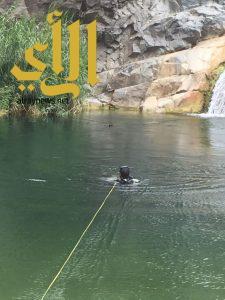 مدني أبها ينتشل جثة من تجمعات مياه شلالات المحتطبة