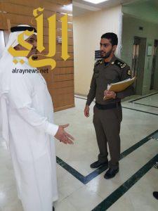 الامير محمد بن عبد الرحمن يقوم بزيارة مفاجئة لمركز شرطة الملز