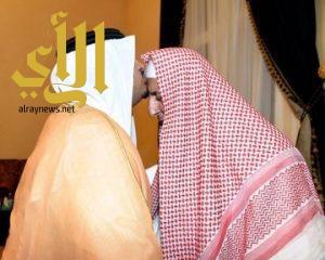الامير محمد بن عبدالرحمن يزور سماحة مفتي عام المملكة