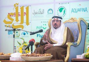 أمير القصيم : مهرجان تمور بريدة تظاهرة عالمية والشباب هم ركائز التنمية