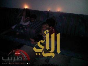 أهالي الرياض يفطرون تحت الشموع