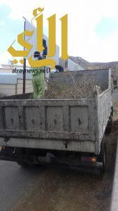 بلدية سلطان الفرعية ترفع أكثر من 3830 طن من المخلفات
