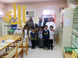 مدير مكتب التعليم بأبها يقوم بزيارة ميدانية لمدرسة عبدالله بن عباس