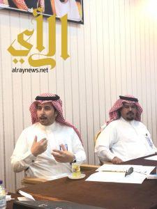 بلدية حفر الباطن تعقد اجتماعا لمناقشة خطة تصريف الامطار