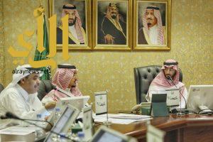 نائب أمير مكة يترأس اجتماع لجنة التعاملات الإلكترونية