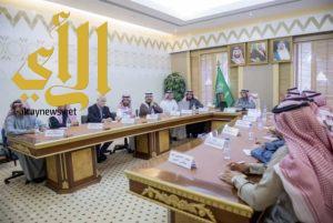 أمير القصيم يستقبل سمو رئيس الاتحاد السعودي للسيارات