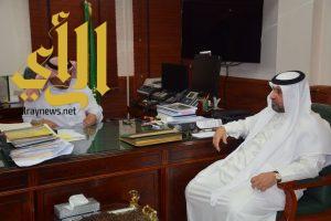 """بلدية القطيف وجامعة """"الفهد"""" يطلقان مبادرة للتطوير العمراني بالمحافظة"""