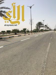 بلدية رأس تنورة تنهي المرحلة الأولى من مشروع تطوير انارة كورنيش المحافظة