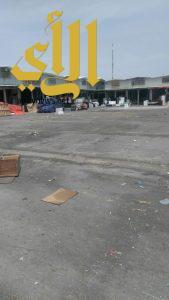 """أمانة الشرقية: حملة واسعة لتنظيم """"حراج الدمام"""".. وإزالة أكثر من 100 بسطة مخالفة"""