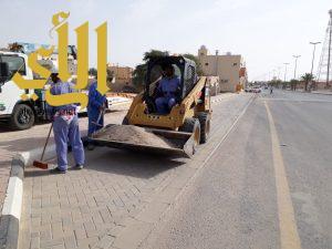 بلدية قرية العليا: مصادرة طن ونصف دقيق وترفع 15 سيارة تالفة وتزيل 18 لوحة مخالفة