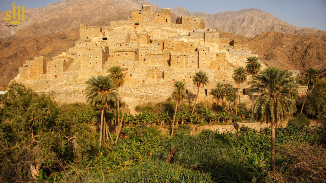 """بالصور .. قرية """"ذي عين"""" الأثرية بالباحة بعدسة الزميلة خديجة آل مزهر"""